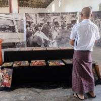 27_Burmese_Photographers_Lukas_Birk_Opening-60