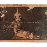 Myanmar_Photo_Archive_10s_child_tradi